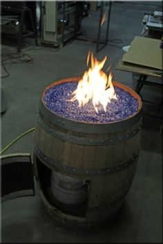 Wine Barrel Fire Pit (OK, maybe I couldn't make it. But the hubby can! Outdoor Propane Fire Pit, Gas Fire Pit Table, Fire Pit Seating, Gas Firepit Diy, Firepit Ideas, Patio Ideas, Make A Fire Pit, Diy Fire Pit, Fire Pit Backyard