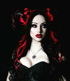 Top Gothic Fashion Tips To Keep You In Style. As trends change, and you age, be willing to alter your style so that you can always look your best. Consistently using good gothic fashion sense can help Gothic Steampunk, Victorian Goth, Gothic Girls, Hot Goth Girls, Steam Punk, Steam Girl, Goth Beauty, Dark Beauty, Dark Fashion