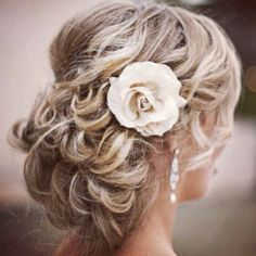 Post your hair/makeup inspirations : wedding 61249972 XNpClAXH C bridal-hair-styles Wedding Hair And Makeup, Wedding Updo, Hair Makeup, Bridal Updo, Prom Updo, Wedding Nails, Bride Makeup, Prom Makeup, Wedding Side Buns