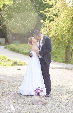 Esküvői páros kreatív fotó | Menyasszonyfoto.hu