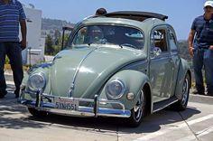 Oval Window with rag top Classic VW Bug