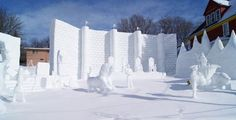 Now this is a Narnian winter! Star Rain, Movie Crafts, Prince Caspian, Snow Sculptures, The Valiant, Great Western, Chronicles Of Narnia, Snow And Ice, Wardrobe Doors