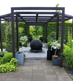 Träslövs trädgård in 2020 Modern Patio Design, Modern Pergola, Pergola With Roof, Diy Pergola, Outside Living, Outdoor Living, Rooftop Patio, Garden Cottage, Pergola Designs