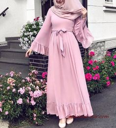 2019 hijab combinations pink long frilly flared dress cream heels shoes - Hijab combinations pink long ruffle flared skirt dress cream heels shoes the - Hijab Outfit, Hijab Style Dress, Hijab Mode, Mode Abaya, Abaya Fashion, Muslim Fashion, Mode Outfits, Fashion Outfits, Flare Skirt