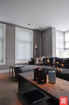 Moderne hoekbank in modern interieur