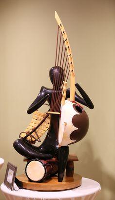 a musical winning sculpture