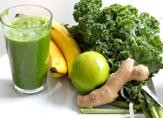 Top 8 green detox smoothie recipes for weight loss? If you have been looking for how to detox your body, checkout these top 8 green detox smoothie recipes. Detox Smoothies, Healthy Green Smoothies, Green Smoothie Recipes, Weight Loss Smoothies, Healthy Drinks, Breakfast Smoothies, Healthy Recipes, Detox Recipes, Water Recipes