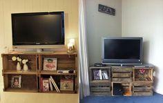 Rack para TV feito de caixote