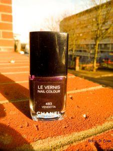 Le vernis VENDETTA de CHANEL | Beauty By Cyann Vendetta, Shot Glass, Chanel, Tableware, Blog, Beauty, Polish, Dinnerware, Tablewares
