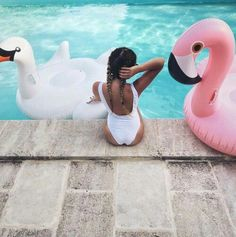 Pool Vibes :: Flamingo Float :: Summer Vibes :: Friends :: Adventure :: Sun :: Poolside Fun :: Blue Water :: Paradise :: Bikinis :: See more Untamed Summertime Summer Vibes, Summer Feeling, Summer Dream, Summer Of Love, Summer Sun, Flamingo Float, Flamingo Pool, Pool Picture, Summer Photography