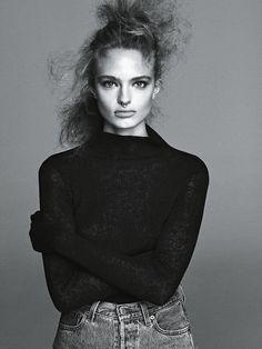 Anna-Mila-Guyenz-and-Luna-Bijl-by-Lachlan-Bailey-for-Vogue-Australia-folkr-5