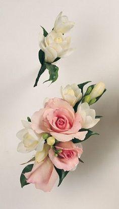 Rose/Freesia Corsage .... Freesia Bout