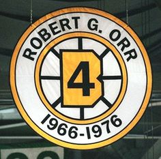 Bobby Orr - we never missed a Bruins game, broadcast on the new UHF channel 38 - we had to buy a different set of rabbit ears to bring it in. Stars Hockey, Hockey Teams, Hockey Players, Ice Hockey, Sports Teams, Hockey Room, Hockey Goalie, Boston Sports, Boston Red Sox