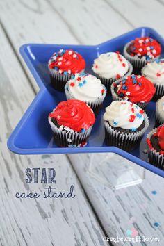 Star Cake Stand (under $2) DIY