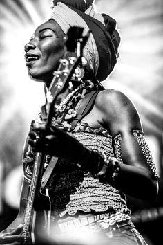 Fatoumata Diawara, North Sea Jazz Festival 2012, by Richard Sinte Maartensdijk. Info & Sales: musicinspiredart@gmail.com