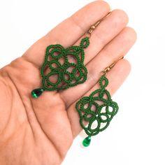 Emerald green earrings  handmade lace by Decoromana on Etsy,