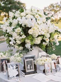 Oscar De La Renta Original / Classic Wedding Gallery - Style Me Pretty