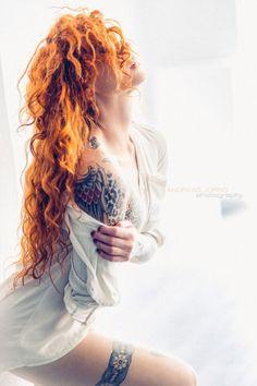 || lingerie / coudoir / open shirt / profile / long curly hair / stockings