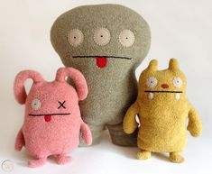 """Welcome to the amazing Ugly world!Created by David Horvath & Sun-Min Kim these incredible stuffed creations give new meaning to the word """"Ugly."""" They create a world in which """"Ugly"""" means unique an. Diy Doll, Diy Ugly Dolls, Diy Crafts For School, Kawaii Felt, Felt Monster, Felt Finger Puppets, Polymer Clay Kawaii, Crochet Monsters, Softie Pattern"""