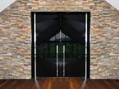 PIVOT DOOR HARDWARE AKZENT | MWE Edelstahlmanufaktur