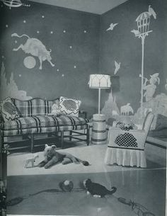 Ilove the wall mural in this 1950'sbedroom.