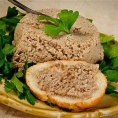 (French-Canadian Pork Spread) Gorton (French-Canadian Pork Spread) mom made this all the time growing up so good.Gorton (French-Canadian Pork Spread) mom made this all the time growing up so good. Pork Pate Recipes, Chicken Recipes, Antipasto, Canadian Food, Canadian Recipes, Canadian Dishes, Canadian French, Canadian Culture, Tapas