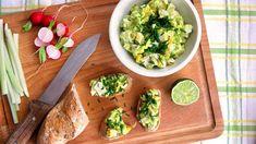 Vajíčková pomazánka bez majonézy s avokádem Avocado Toast, Paleo, Breakfast, Food, Meal, Eten, Beach Wrap, Meals, Morning Breakfast