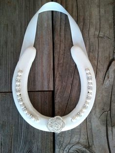 Check out this item in my Etsy shop https://www.etsy.com/listing/192577571/wedding-horseshoe-with-swarovski