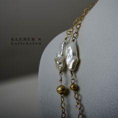 Details that become poweful an design.  Photography: @klebersoriano . . . be DIFFERENT choose an #kk #fashion #moda #lariat #baroque #pearls #necklace #bijoux #bisuteria #jewel #jewelry #publicidad #ads #photography #handmade #design #designer #emprendedor #Ecuador #fashionista #estilo #style #marketing #socialmedia #nikon #nikonnofilter