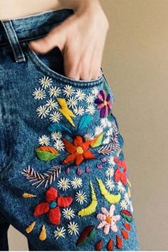 we did this to our jeans in the 70s. I was the only one that knew how to embroider (thanks to all my aunties) and I had to show my girlfriends. jh
