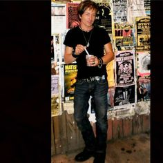On the lower end of Frenchmen Street in the French Quarter New Orleans. I love filming here. One of my favorite places in the entire world. Cant wait yo go back #neworleans #louisiana #actorslife #johnnyalonso #frenchmenstreet #style #fashion #attitude #brunette #jewelry #enjoylife #photography #frenchquarter #johnny_alonso #boots #jeans #beer #hair #photo #tshirt #flyers #music #band #musician #rockstar by johnny.alonso
