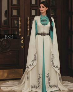 Dress Outfits, Fashion Dresses, Dress Up, Pretty Dresses, Beautiful Dresses, Fantasy Gowns, Fashion Corner, Fairy Dress, Medieval Dress