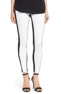 Free shipping and returns on Hue 'Illusion' Colorblock Ponte Leggings at Nordstrom.com. Stark color blocking creates a slimming optical illusion—making for a longer, leaner and more shapely silhouette—on these bold leggings in a dense ponte knit.