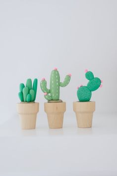 DIY: mini clay cactus