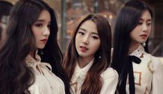 #LOONA, or #LOONATheWorld, is getting a lot of attention in the #Kpop community. The #BlockberryCreative girl group is releasing promotions every month by revealing a new member through the #GirlOfTheMonth.