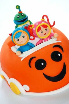 """""""Team Umizoomi,"""" cake based on a picture of a toy from the Nick Jr. educational children's show. Geo, Milli, and Bot in their Umi Car."""
