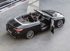 mercedes-AMG unveils the E-class luxury convertible at NAIAS 2018