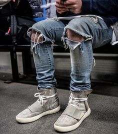 Ripped Jeans X 750's