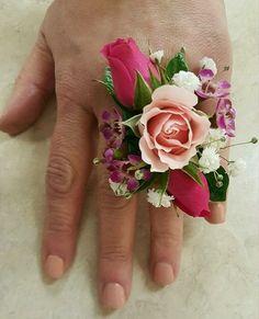 Amazing flower corsage for wedding (42)