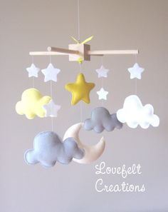 Baby mobile - cloud - moon clouds mobile - mobile yellow and green Baby mobiel – wolk – maan wolken mobile – mobiele geel en grijs mobiele Baby mobile cloud moon clouds mobile mobile yellow and Cloud Nursery Decor, Clouds Nursery, Nautical Nursery Decor, Baby Crafts, Felt Crafts, Diy And Crafts, Baby Boy Rooms, Baby Bedroom, Cloud Mobile