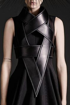 Sculptural Fashion - graphic black leather armour dress; futuristic fashion // Gareth Pugh Spring 2015