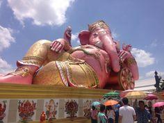 願いが叶うかも?タイの巨大ピンクガネーシャに会いに行こう!