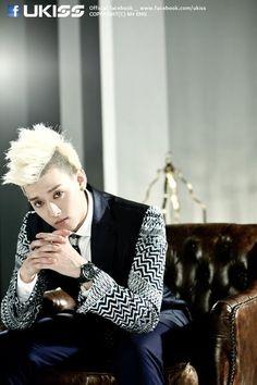 Eli your gonna be the death of me! Sung Hyun, Woo Sung, U Kiss, Kpop, Crazy Hair, My Character, Korean Boy Bands, Korean Singer, Superstar