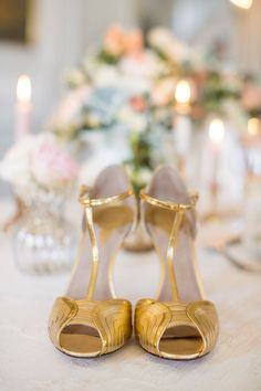 Gold wedding #shoes Photography: Sandra Marusic - www.sandramarusic.ch  Read More: http://www.stylemepretty.com/2014/05/19/peach-gold-luxury-wedding-inspiration/