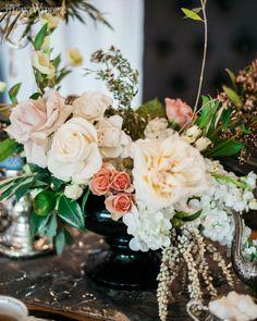 Fresh coral and ivory florals! GLAMOROUS TEA PARTY WEDDING THEME www.elegantwedding.ca