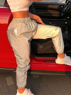 Reflective joggers - fashion outfits Best Picture For baddie outfits date For Your Taste You are loo Teenage Outfits, Chill Outfits, Teen Fashion Outfits, Sporty Outfits, Swag Outfits, Dope Outfits, Trendy Outfits, Summer Outfits, Fashion Clothes