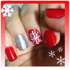 Diseño de navidad en rojo,plateado y copo de nieve.