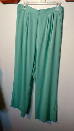 Womens pants size Med TilleyEndurables silk microfibre #Tilley #CasualPants