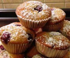 Egy finom Meggyes muffinok ebédre vagy vacsorára? Meggyes muffinok Receptek a Mindmegette.hu Recept gyűjteményében! Hungarian Recipes, Cakes And More, Sweet Recipes, Dessert Recipes, Food And Drink, Cupcakes, Sweets, Cookies, Diets