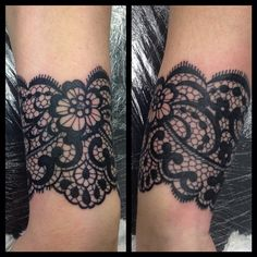 "196 Likes, 12 Comments - Becca Louise (@beccalouisetattoo) on Instagram: ""I held my breath for 3 hours straight this morning. Lace pattern wrapping right around the wrist, a…"""